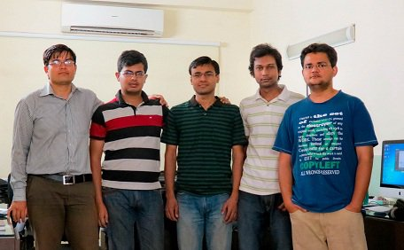 Divir Tiwari with his technical team at Flick2know Technologies
